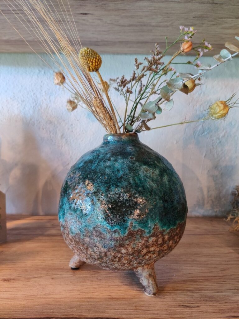 Bolle bloemenvaas met droogbloemetjes - klein