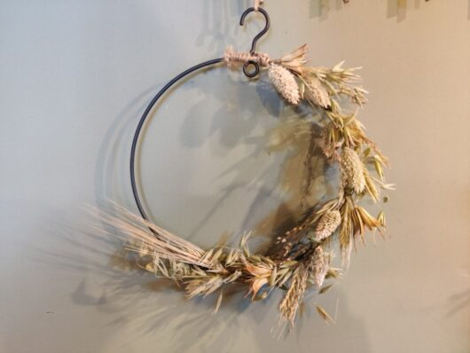 Droogbloemen krans klein naturel
